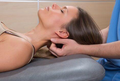 Manipulations vertébrales en chiropraxie