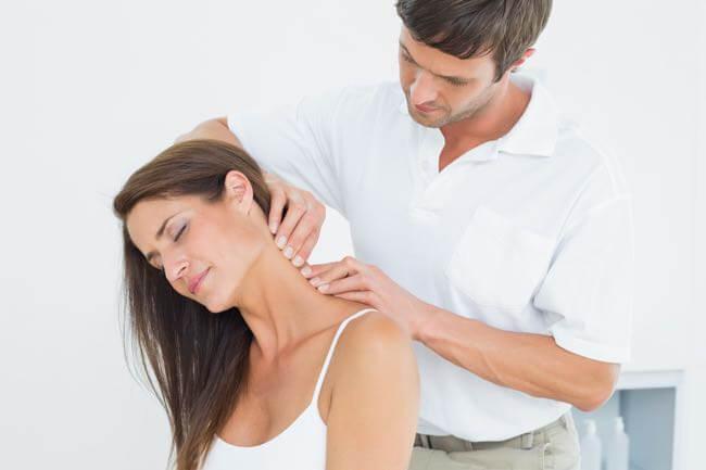 Soulager Douleur cervicale et névralgie cervico-brachiale par chiropracteur