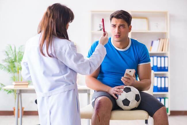 Récupération après commotion cérébrale en sport
