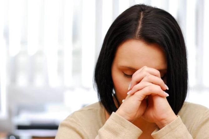 Une douleur au bras ou jambe ou abdomen peut être une migraine