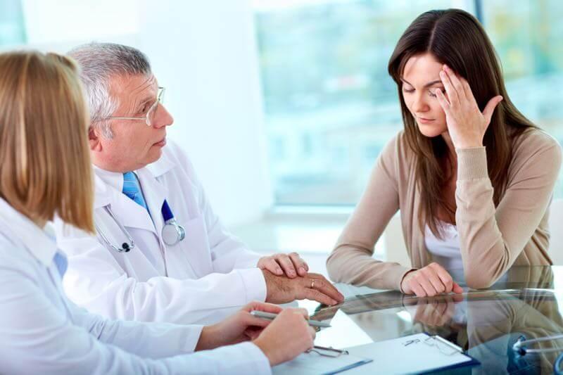 Fatigue et maux de tête après une commotion et choc à la tête